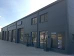 Reifenservice in Grasberg mit Verwaltung und Ausstellung
